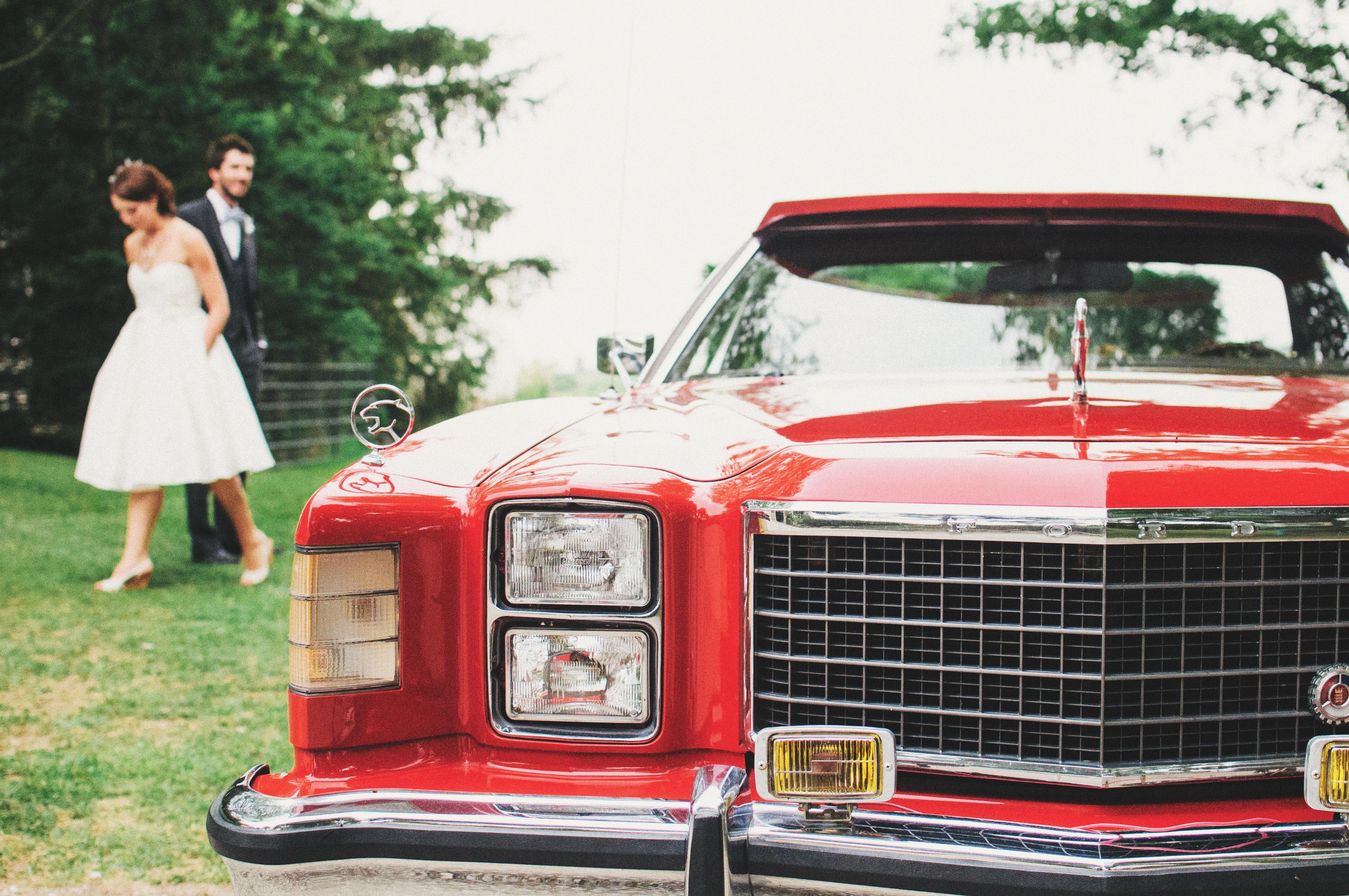 Podróż na salę weselną-  Czyli czym do ślubu?