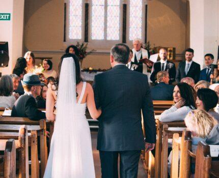 Marsz weselny to must have? Alternatywne piosenki ślubne.