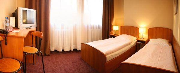 Sale weselne - Hotel Diament Zabrze Restauracja Słoneczna - SalaDlaCiebie.com - 7