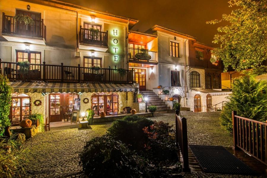 Sale weselne - Hotel Restauracja Dwa Księżyce - SalaDlaCiebie.com - 1