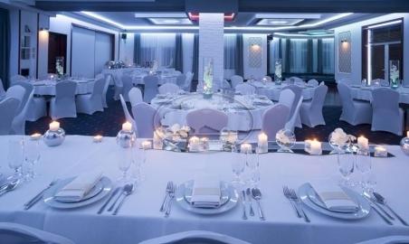 Sale weselne - Hotel Złote Dęby - 5c77b71820978900x700_false_5a7d8f95909681470771856_max.jpg - www.SalaDlaCiebie.com