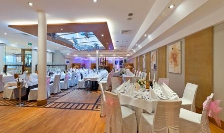 Sale weselne - Radisson Blu Hotel - 5ab28632cde39radisson_blu_hotel_krakow_wesele_solfez_12_copy.jpg - www.SalaDlaCiebie.com