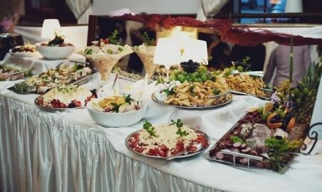 Sale weselne - Dwór Korona Karkonoszy - 5b6ebc3fd0986newbufety_na_wesele_4.jpg - www.SalaDlaCiebie.com