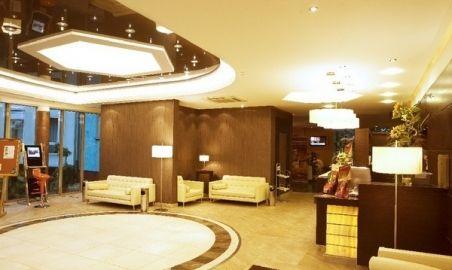 Sale weselne - Hotel Warszawa SPA & RESORT - 12354673606recepcja.jpg - SalaDlaCiebie.pl
