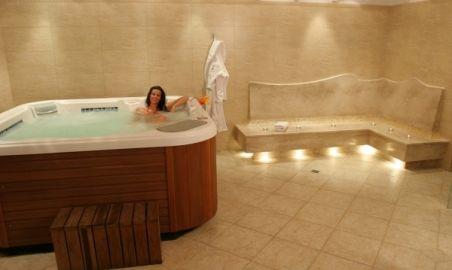 Sale weselne - Hotel Branicki - 1235481141hotelowe_centrum_urody_jacuzzi.jpg - SalaDlaCiebie.pl