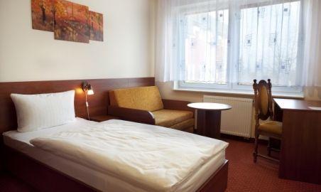 Sale weselne - Hotel Podróżnik - 1342193486pokoj...jpg - SalaDlaCiebie.pl