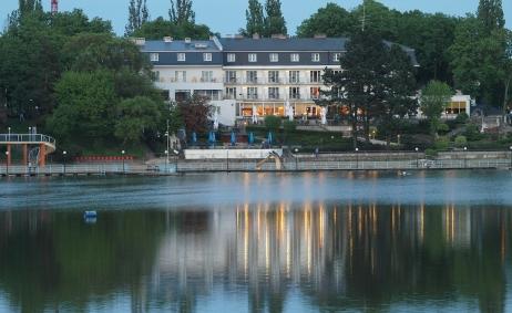Sale weselne - Hotel Pietrak Wągrowiec - 5d14861ae466310996791_682383198533630_5041392173401212426_o.jpg - www.SalaDlaCiebie.com