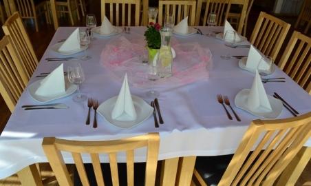 Sale weselne - Jonny's Apartments - 5b7e8140ebf6713177760_242819626081675_6302744346698769229_n.jpg - www.SalaDlaCiebie.com