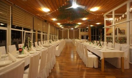 Sale weselne - Jonny's Apartments - 5b7e816ea744221317530_498613737168928_6895916266862311691_n.jpg - www.SalaDlaCiebie.com