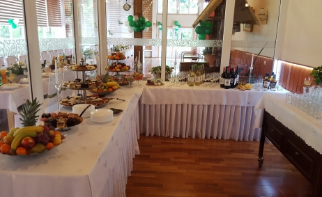 Sale weselne - Jonny's Apartments - 5baf75a0b9cc720180512_173807.jpg - www.SalaDlaCiebie.com