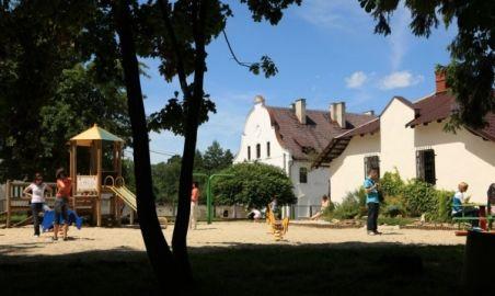 Sale weselne - Stadnina Koni Moszna - 1281512595plac_zabaw_1.jpg - SalaDlaCiebie.pl