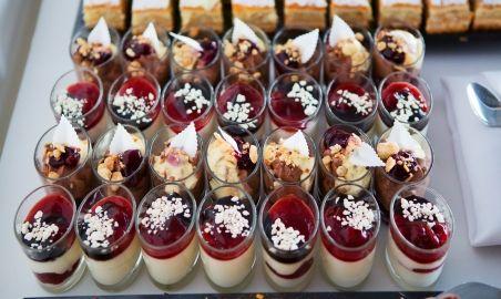 Sale weselne - Hotel Gem - 593a771199bfaweselny_warsztat_catering_desery.jpg - SalaDlaCiebie.pl