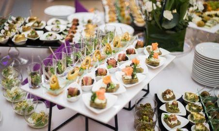 Sale weselne - Hotel Gem - 593a7725c681eweselny_warsztat_catering_fingerfood_3.jpg - SalaDlaCiebie.pl