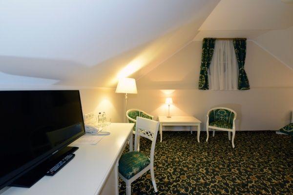 Sale weselne - Hotel Sobienie Królewskie Golf & Country Club - SalaDlaCiebie.com - 23
