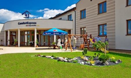 Sale weselne - Hotel Komfort Krzywaczka - 59f1e0203ac2ckimjestesmy2.jpg - SalaDlaCiebie.pl