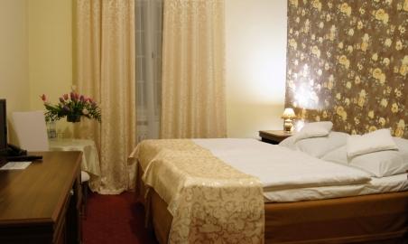 Sale weselne - Pałac Żelazno - 5b3a0f7a9ffffpokoj2.jpg - www.SalaDlaCiebie.com