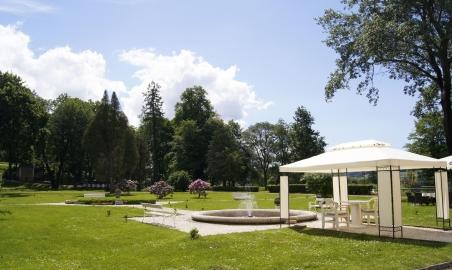 Sale weselne - Pałac Żelazno - 5b3a0f7b62e50park7.jpg - www.SalaDlaCiebie.com