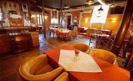 Sale weselne - Restauracja Retro - 51544b4da8ab41291816613_r3.jpg - SalaDlaCiebie.pl