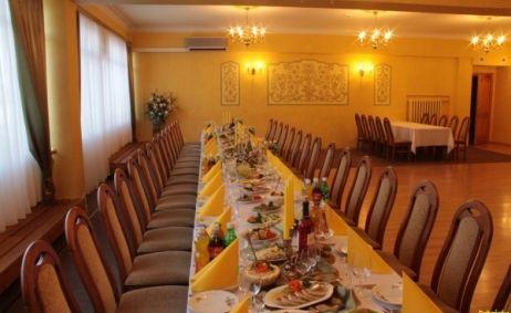 Sale weselne - Restauracja Dąbrówka - 51558b61ce0dd19b.jpg - SalaDlaCiebie.pl