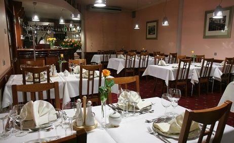 Sale weselne - Hotel Iskierka - 515c37000dd02712x500_ratio_width_301.jpg - SalaDlaCiebie.pl