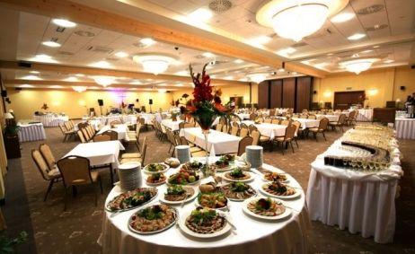 Sale weselne - Grand Hotel - 51654266b8f76712x500_ratio_width_bankiet11.jpg - SalaDlaCiebie.pl
