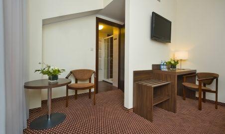 Sale weselne - Hotel Cztery Brzozy - 519c8b2557513kopia_dsc_4548_pokoj_3.jpg - SalaDlaCiebie.pl