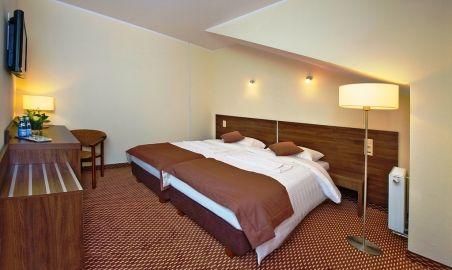 Sale weselne - Hotel Cztery Brzozy - 554cd53411bf5pokoj_2_os.jpg - SalaDlaCiebie.pl