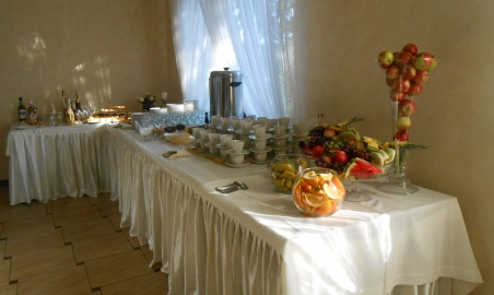 Sale weselne - Podzamcze Hotel - 56d59daf9027ebufet_kawowoowocowy.JPG - SalaDlaCiebie.pl