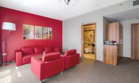 Sale weselne - Holiday Inn Kraków City Center - 53fb178620d14deluxe_suite1.jpg - SalaDlaCiebie.pl