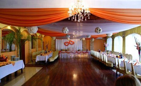 Sale weselne - Pensjonat przy Miłej - 53da450e2fb22dekoracja_4b.jpg - SalaDlaCiebie.pl