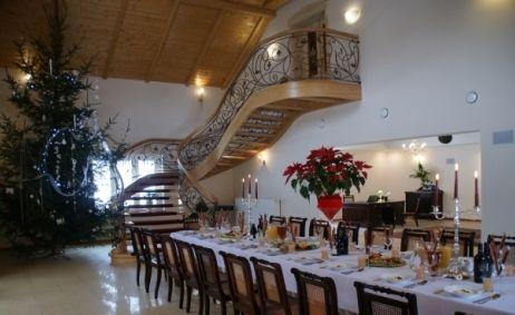 Sale weselne - Villa la Val - 553a20afc09b9640x480837176203.jpg - SalaDlaCiebie.pl