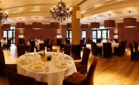 Sale weselne - Restauracja Toya Golf - 54082aef67760712x500_ratio_width_1_800x600_1.jpg - SalaDlaCiebie.pl