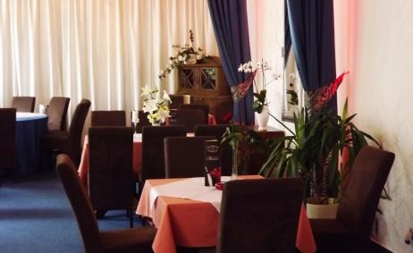 Sale weselne - Restauracja Teatralna 4 - 541205f36dfe7teatralna_gal01.jpeg - SalaDlaCiebie.pl