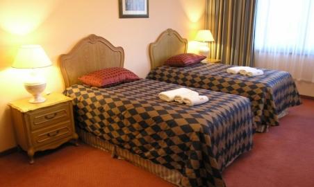 Sale weselne - Sportwerk Hotel**** - 5450a04e4ccdcpokoj_dwuosobowy.JPG - SalaDlaCiebie.pl