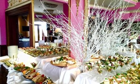 Sale weselne - Sportwerk Hotel**** - 55c1eec4272d5bufet_pelen_smakolykow_sportwerk_hotel.jpg - SalaDlaCiebie.pl