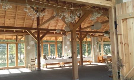 """Sale weselne - Hacjenda """"Dolina Żab"""" - Stodoła Weselna! - 568e7a167fd296_a_stodola_wnetrze.JPG - SalaDlaCiebie.pl"""