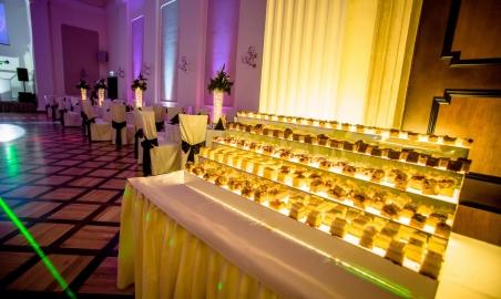 Sale weselne - Hotel Przy Oślej Bramie w Zamku Książ - 5acdcff59e5dd20180112studniowka1lobramamirjan02_3.jpg - www.SalaDlaCiebie.com