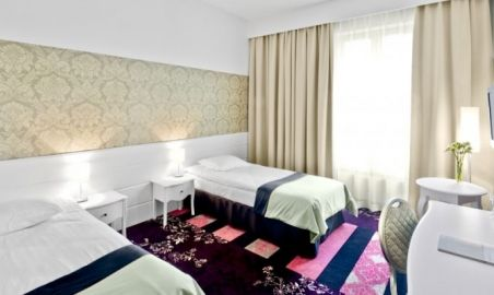 Sale weselne - Hotel Lamberton*** - 554c89ab2300fpokoje6a_1.jpg - SalaDlaCiebie.pl