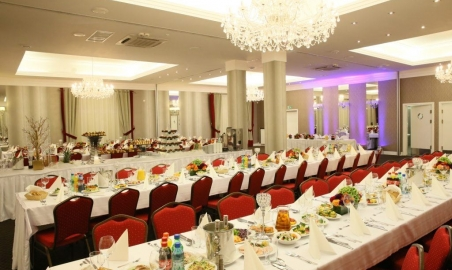 Sale weselne - Hotel Lamberton*** - 5abce804d030aimg_31371024x683.jpg - www.SalaDlaCiebie.com