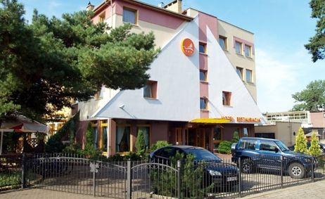 Sale weselne - Hotel Bartan - 5559e02257bf7obiekt.jpg - SalaDlaCiebie.pl