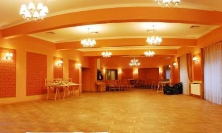 Sale weselne - Willa Pod Starym Dębem - 59e4b3b31f92bsala2_panorama3.jpg - SalaDlaCiebie.pl