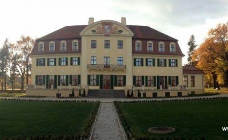 Sale weselne - Pałac Radomiłów - 55bf4ea4e26021379311_1408235706076357_1785990667_n.jpg - SalaDlaCiebie.pl