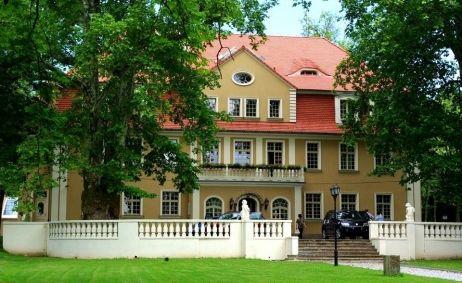 Sale weselne - Pałac Brzezina - 55c33bef9b3bf10570332_774771005946979_285582719080641599_n.jpg - SalaDlaCiebie.pl
