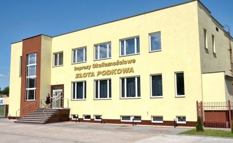 Sale weselne - Złota Podkowa - 561663409be65zzewnatrz02.jpg - SalaDlaCiebie.pl