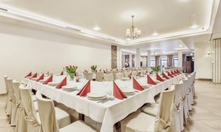 Sale weselne - MODRZEWIOWY DWÓR - Hotel & Restauracja - 5a7ae012bcf5e19983350_1507327475955050_1010943733693368045_o.jpg - SalaDlaCiebie.pl