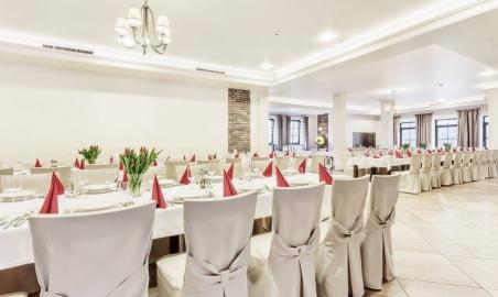 Sale weselne - MODRZEWIOWY DWÓR - Hotel & Restauracja - 5a7ae01355ab019983357_1507327472621717_5097473096485324548_o.jpg - SalaDlaCiebie.pl