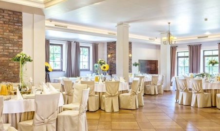 Sale weselne - MODRZEWIOWY DWÓR - Hotel & Restauracja - 5a7ae01491dee19983632_1507328959288235_6824384575494821321_o.jpg - SalaDlaCiebie.pl