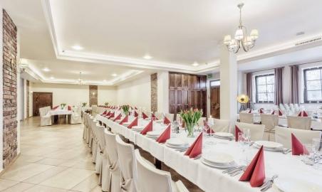 Sale weselne - MODRZEWIOWY DWÓR - Hotel & Restauracja - 5a7ae01add2c820023896_1507327522621712_3103707718991493234_o.jpg - SalaDlaCiebie.pl