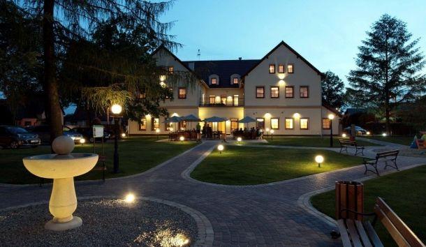 Sale weselne MODRZEWIOWY DWÓR - Hotel & Restauracja