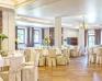 MODRZEWIOWY DWÓR - Hotel & Restauracja - Zdjęcie 8